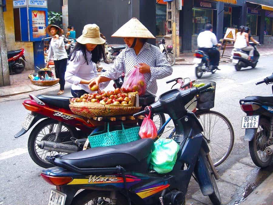 une vendeuse Hanoi